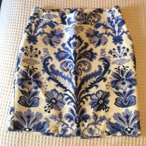 Blue & white print pencil skirt